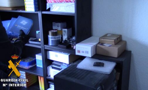 Microsoft colabora con la Guardia Civil para desmantelar una tienda online de software ilegal