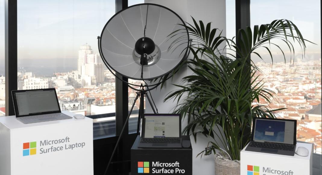 Nuevos - equipos - Surface- Newsbook - Microsoft - Madrid - España