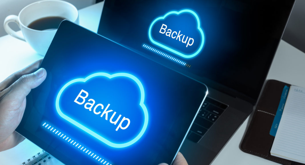 Backup - cloud - Newsbook - copia de seguridad - Revista TIC - Madrid - España - Acens