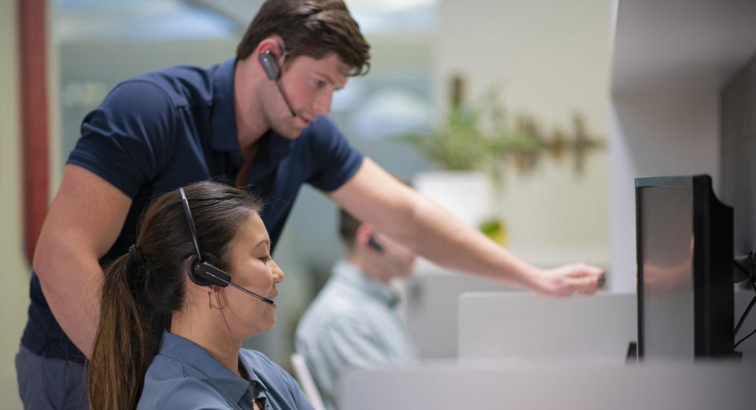 Nuevos auriculares – herramienta colaboración – comunicación por voz – comunicación fluida – Microsoft Teams – Poly – Newsbook – Revista TIC – Madrid - España