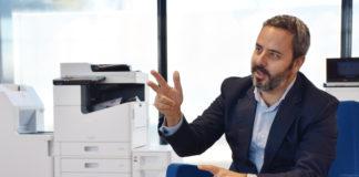 2 metros Epson - Newsbook - nueva normalidad - Tai Editorial - España