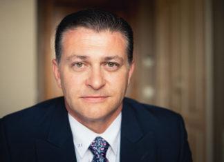 Nuvias - Zoom - Newsbook - Acuerdo - Javier Llorente - Tai Editorial - España