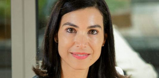 Microsoft - Newsbook - Así será 2021 - Carolina Castillo - Tai Editorial - España