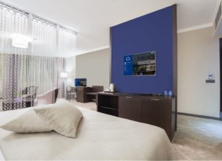 Televisores - Philips - PPDS - Newsbook - Hoteles - Tai Editorial - España