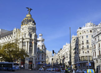 Madrid Hub - Interxion - Newsbook - digital- Tai Editorial - España