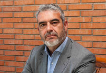 MCR - Newsbook - Tai Editorial - España